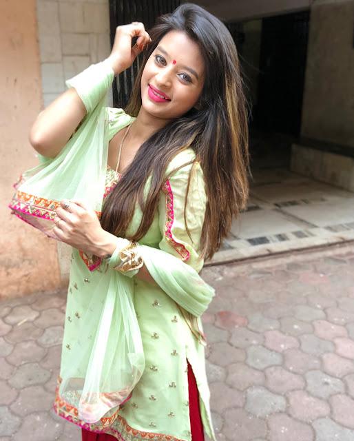 Bollywood Actress Ankita Dave Latest Cute Stills Actress Trend