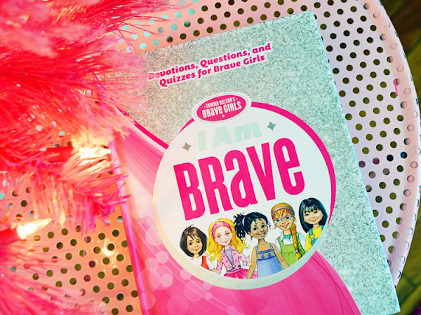 I Am Brave: Devotions, Questions, and Quizzes for Brave Girls {A Holiday Gift Guide Review + Giveaway} #IAmBraveDevotional #TommyNelson