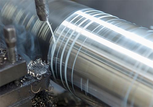Khi sử dụng dầu cắt gọt pha nước cần chú ý những gì?
