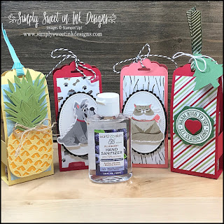 Quick and cute hand sanitizer holder with the Heartwarming Hugs suite. Perfect gift for everyone on your list!