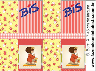 Girl Praying: First Communion Free Printable Candy Bar Labels.