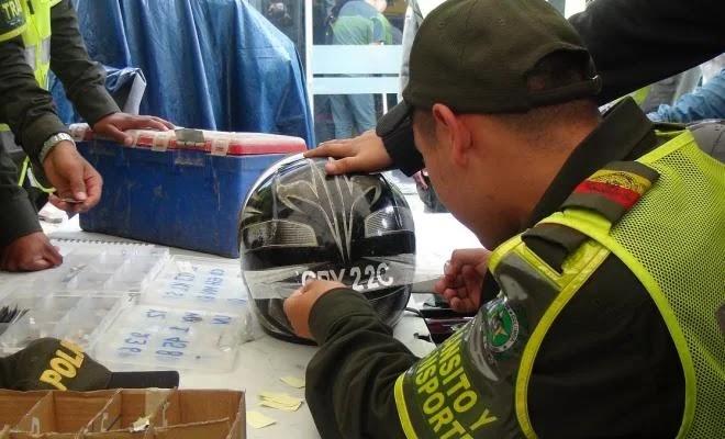 Hasta el próximo viernes 31 de julio tendrán plazo los motociclistas de la ciudad de Villavicencio para portar los cascos marcados con el número de la placa de la moto en la que se moviliza