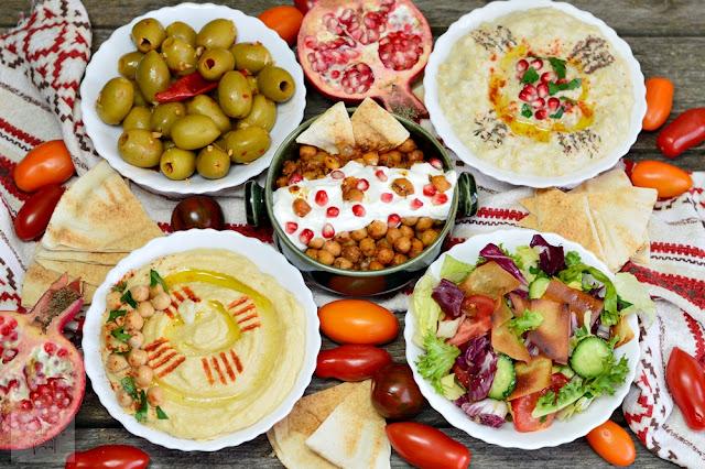 http://www.caietulcuretete.com/2017/09/aperitive-libaneze.html
