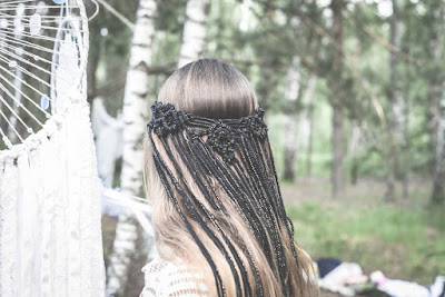 Black-Macrame-veil-Macrame-wedding-veil-Boho-veil-Macrame-Hairpiece-Bohemian-veil-Bridal-accessory-Macrame-Headband-Etsy-KMich Weddings-Philadelphia