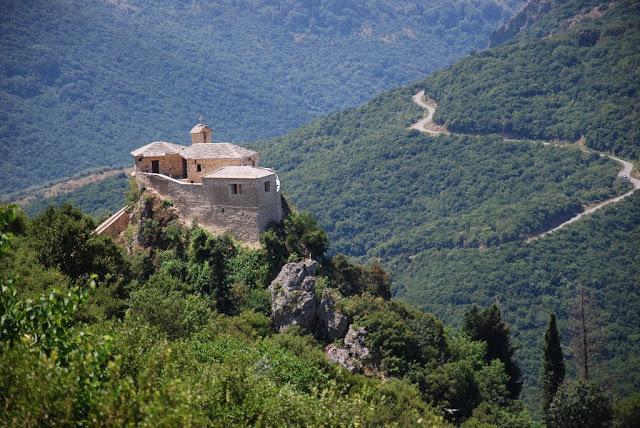 Θεσπρωτία: Τα θρησκευτικά μνημεία στη Θεσπρωτία, μπορούν να δώσουν ώθηση στον προσκυνηματικό τουρισμό...