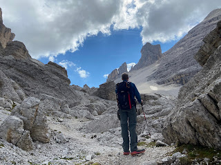 A long slog up to Rifugio Giussani on trail 403.