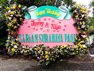 bunga-papan-wedding-surabaya-kayon