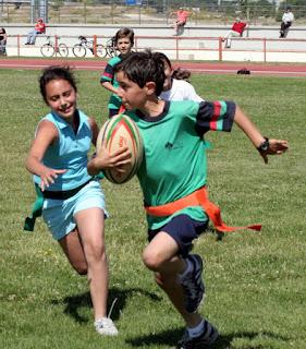 http://www.efdeportes.com/efd113/rugby-tag-como-propuesta-de-ensenanza-en-educacion-fisica.htm