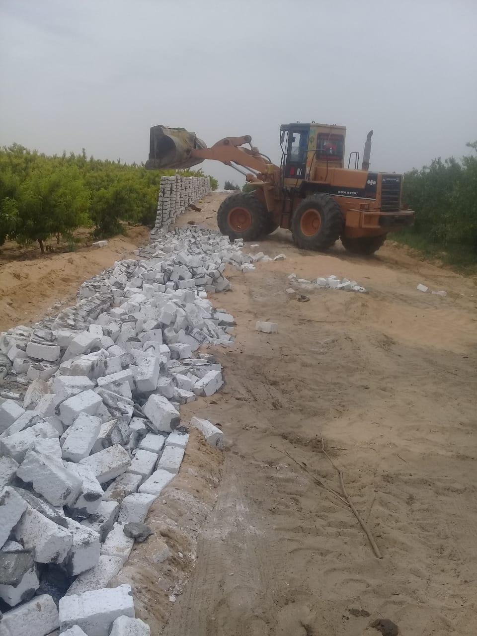إزالة 17 حالة تعدى على أراضي زراعية وأملاك دولة