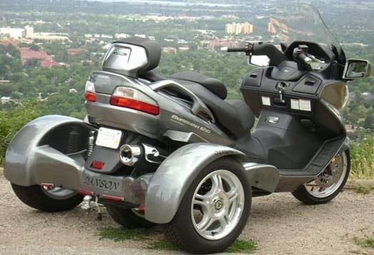 HONDAYES: Suzuki Tawarkan Paket Modifikasi Tiga Roda Buat