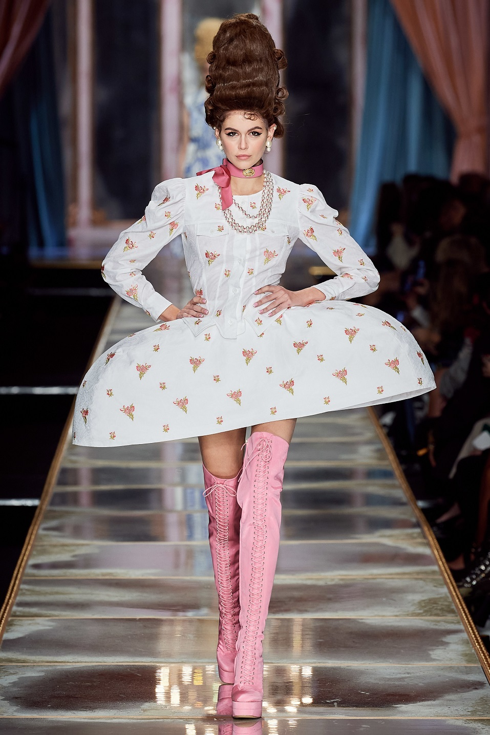 Moschino Fall/Winter 2020 Milan Fashion Week Runway