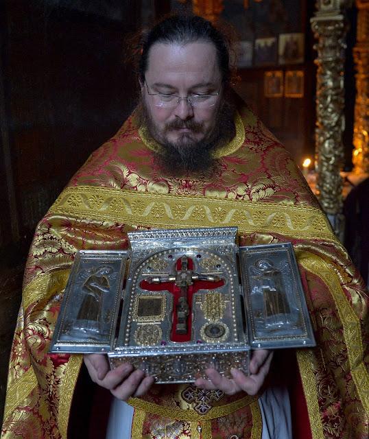 Αίμα Χριστού στην Ιερά Μονή Χιλανδαρίου Αγίου Όρους https://leipsanothiki.blogspot.be/
