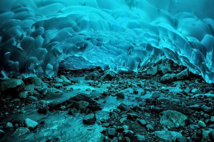 5. Mendenhall Ice Caves, Juneau, Alaska, USA - Top 10 Incredible Beauties Hidden in the Caves