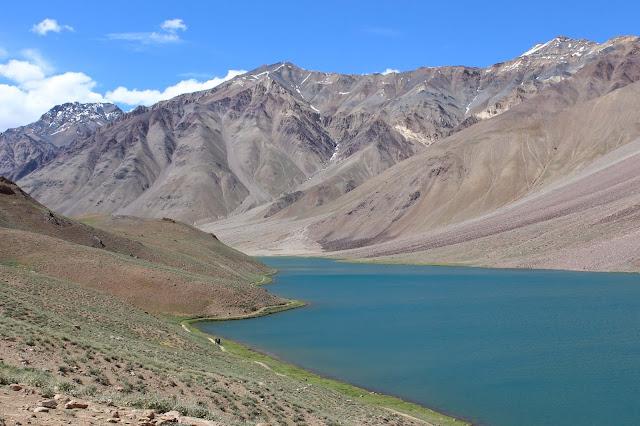 Top 5 reasons why Hampta Pass Trek is your Next Trekking