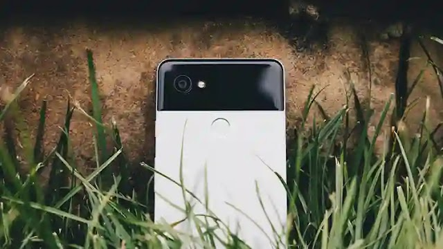 Google stripped freebies from Pixel 2 smartphones. No more unlimited storage of photos in original quality