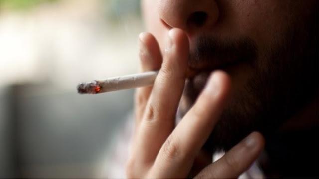 """Οι καταστηματάρχες προτείνουν """"Λέσχες καπνιστών"""""""