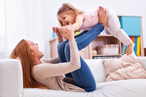5 Jenis Pola Asuh Anak yang Baik Menurut Psikologi