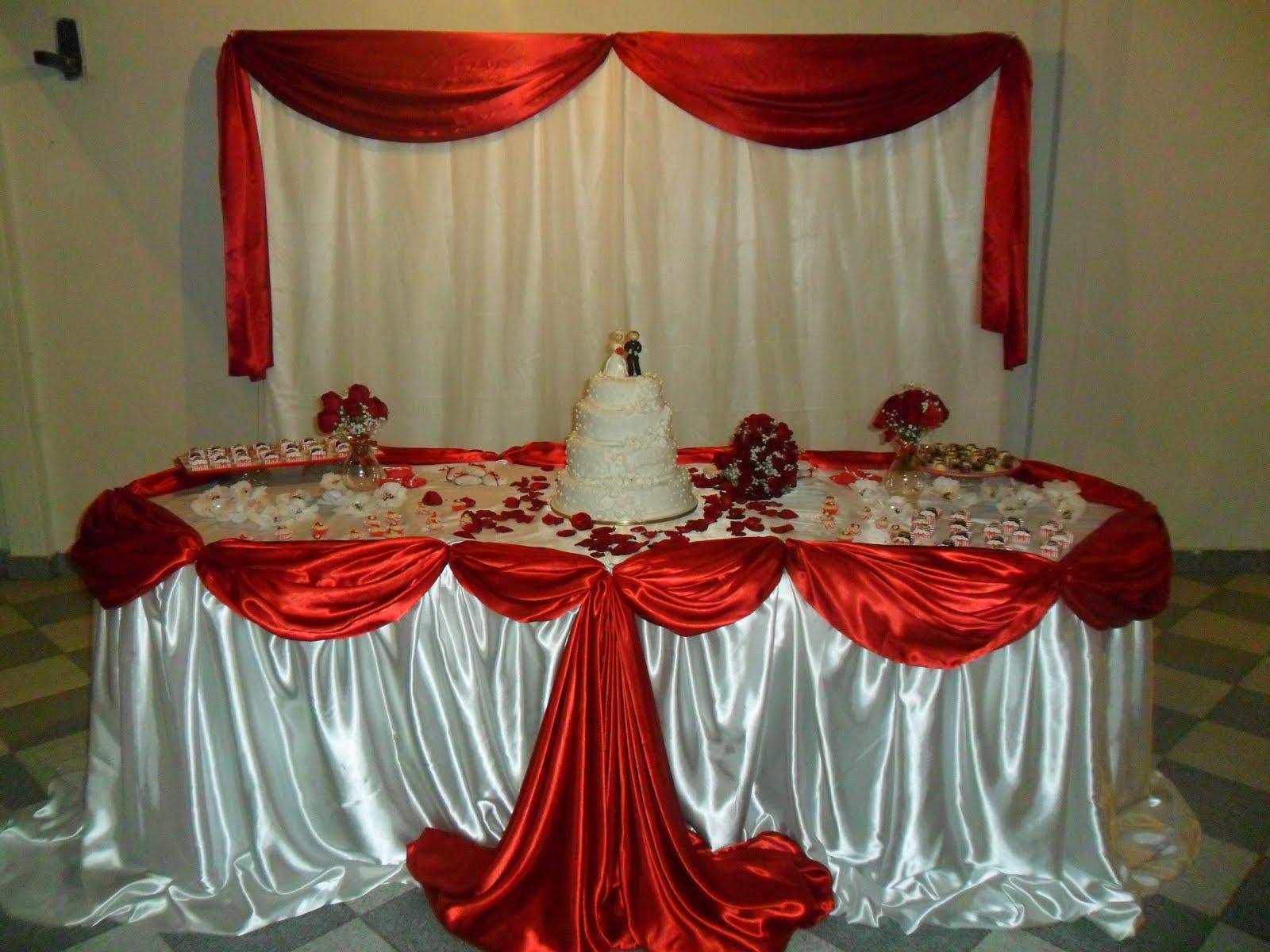Aline Festas e Lembranas Infantis Casamento Simples