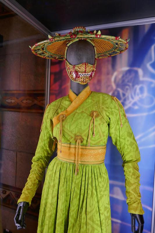 Shang-Chi Legend Ten Rings Li film costume