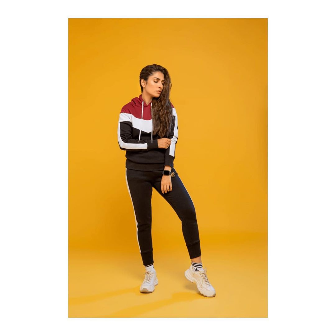 Ayeza Khan sports photo shoot