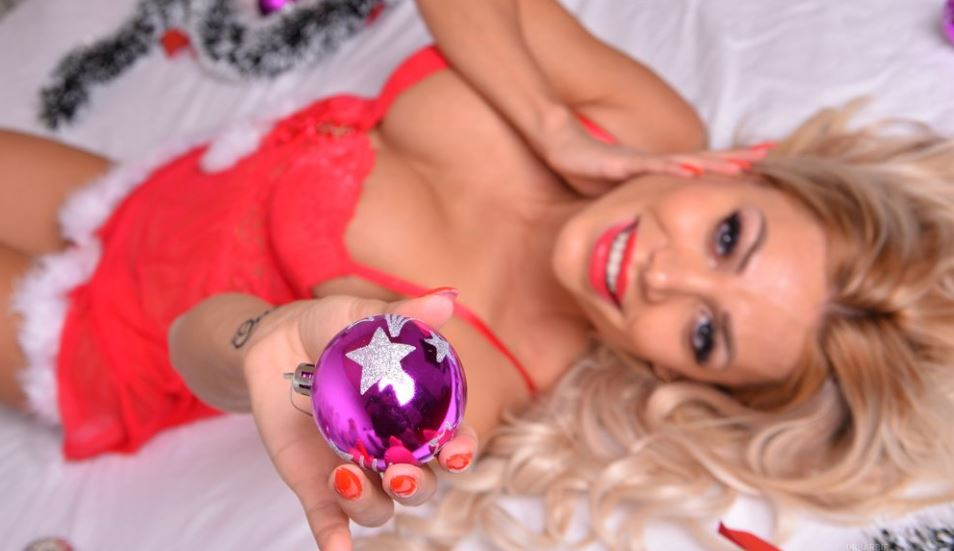 DrBarbie Model GlamourCams