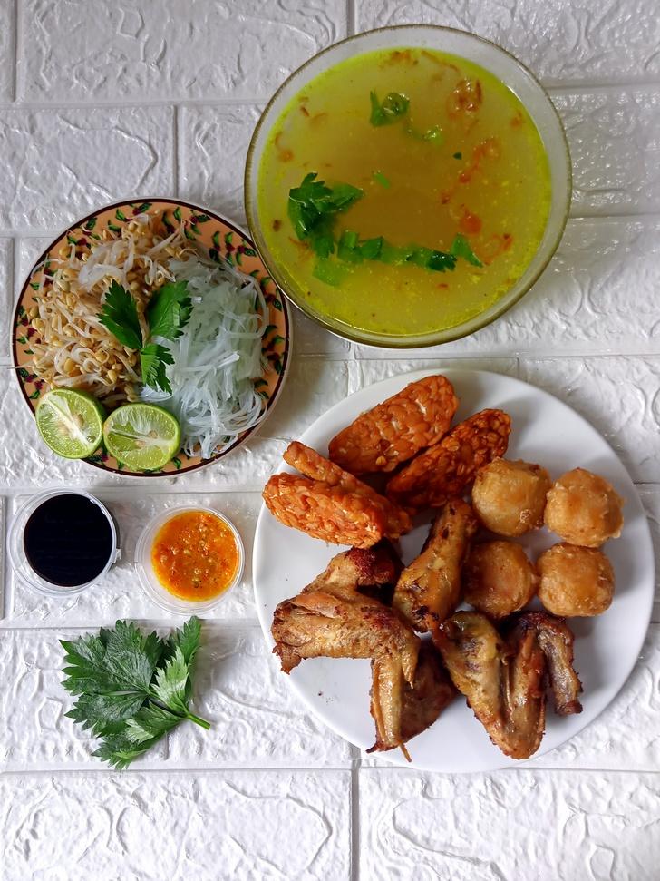 Catering Harian Semarang Banyumanik Tembalang Gedawang Soto Ayam Perkedel Kentang Tempe Goreng