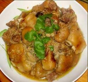 Món ăn ngon: giò heo nấu giả cầy