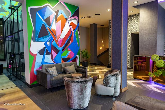 Hotel NYX Bilbao, vestíbulo, por El Guisante Verde Project