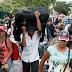 Venezolanos imploran por el fin de su tragedia