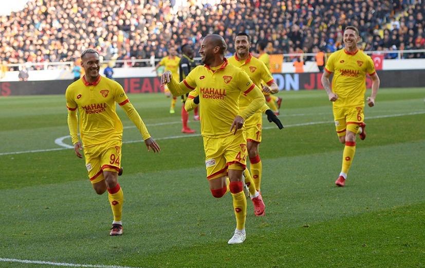 Konyaspor vs Yeni Malatyaspor 0h00 ngày 22/10 www.nhandinhbongdaso.net