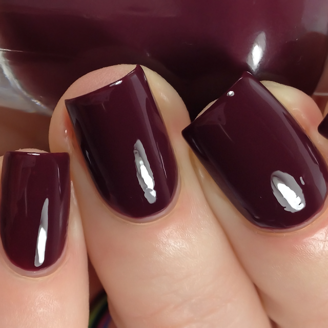 Sally Hansen-Beet It