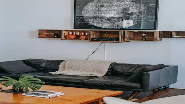 dekorasi dinding ruang keluarga