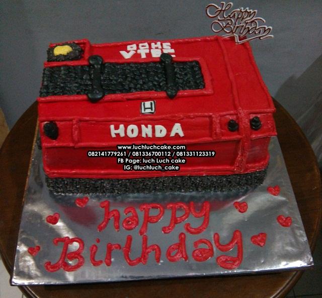 Kue Tart Mesin Mobil Honda