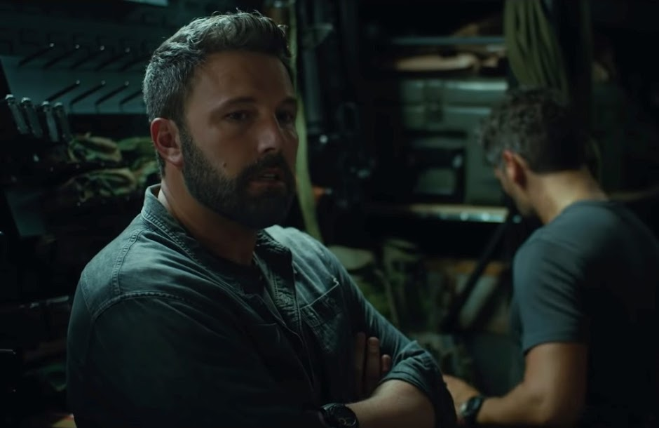 """Ben Affleck lidera uma equipe de assalto no trailer de """"Operação Fronteira"""""""