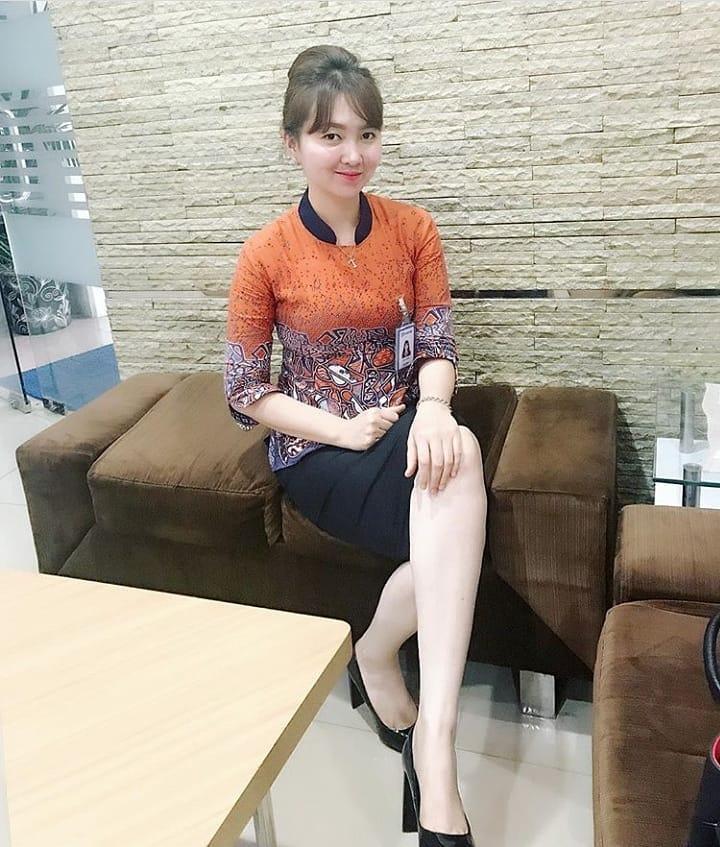 60 Model Baju Batik Atasan Wanita Modern Terbaru 2019 Terbaru9 Info