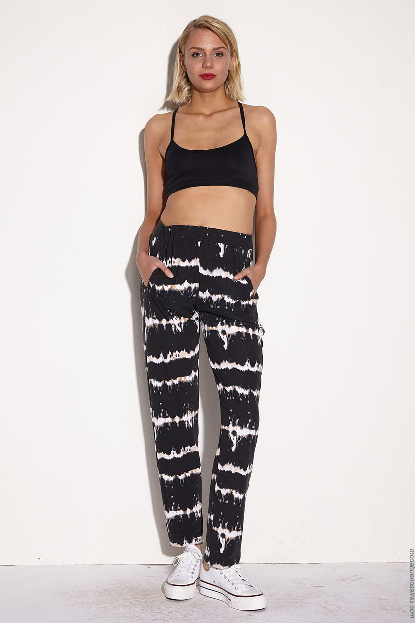 Moda primavera verano 2020 moda mujer pantalones batik.