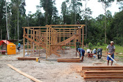 Dansatgas TMMD Ke-107 Merauke: Rangka Bangunan Rumah di Kampung Epem Mulai Berdiri