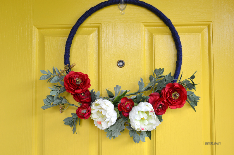 4th of July DIY wreath red white flowers