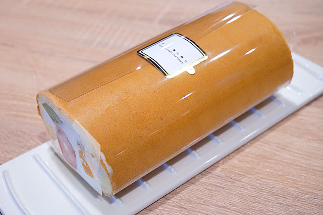 DSC06089 - 熱血採訪│台中美食亞尼克台中旗艦店,繽紛鮮果生乳捲新上市,還有自助DIY手作蛋糕體驗