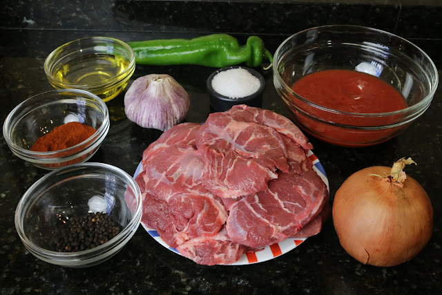 Ingredientes para carrilladas de cerdo en salsa