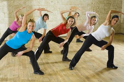 Ejercítate bailando