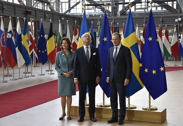The King and Queen began the first day in Brussels with a visit to Sweden's Permanent Representation to the European Union