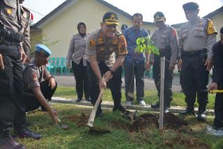Peduli Penghijauan Kapolres Ciko Ajak Tanam 6.100 Pohon