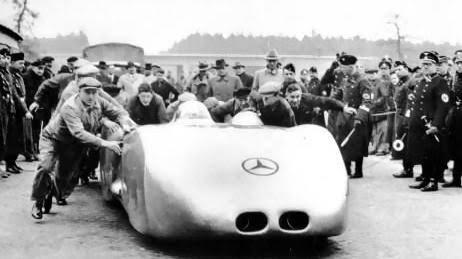 Mercedes Rekordwagen Concept Car oleh Amol (@sxv7n)
