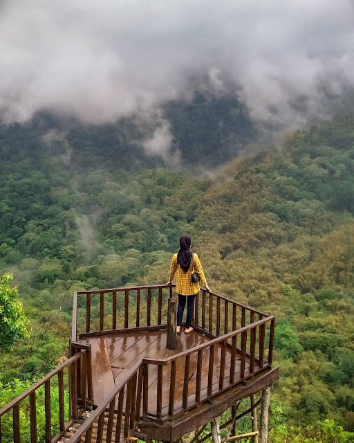 Wisata Panorama Petung Sewu Pacet Mojokerto