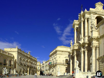 Ortigia Piazza Duomo, Siracusa | Sicily, Italy | wayamaya