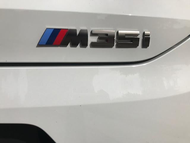 BMW M35i badging