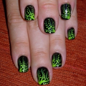 Kewtified: Simple Nail Art Designs 2012-2013