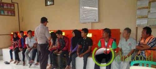 Sepasang pelajar mesum di Masjid Pancasila Pasuruan