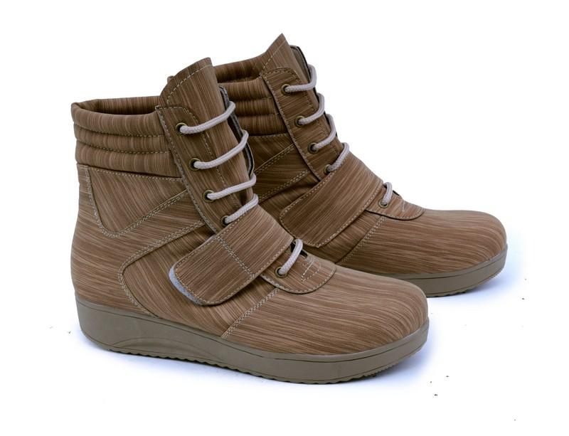 Sepatu boots wanita garsel shoes